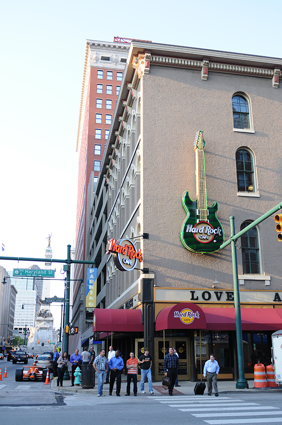 Hard-Rock-Cafe-Indianapolis-02